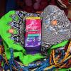 Angelique's Finest Packung auf Rucksackbeuteln mit afrikanischem Muster
