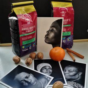 Angelique's Finest Postkarten-Set und Kaffee